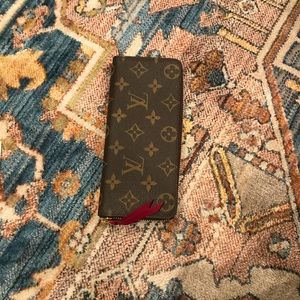 Louis Vuitton CLÉMENCE Wallet Fuchsia